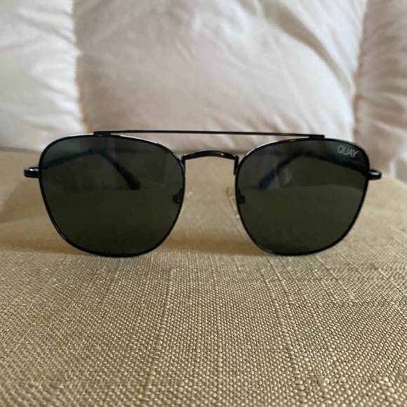 Quay Helios Polarized Glasses
